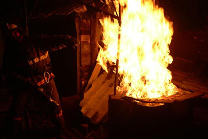 ВКореновском районе впожаре в личном доме погибла женщина