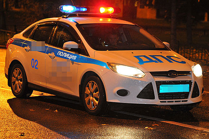 ВВоронеже нетрезвый шофёр сбил полицейского, скрываясь отпогони