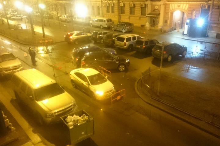 Свидетели: Автоледи протаранила машины генконсульства США вПетербурге