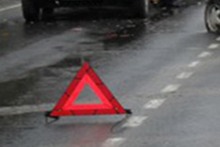 ВБрянске столкнулись три автомобиля, пострадали два пенсионера ипятилетний ребенок