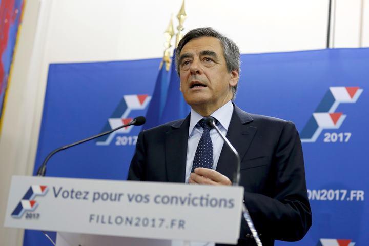 Кандидат впрезиденты Франции организовал встречу сПутиным за 50 000 долларов