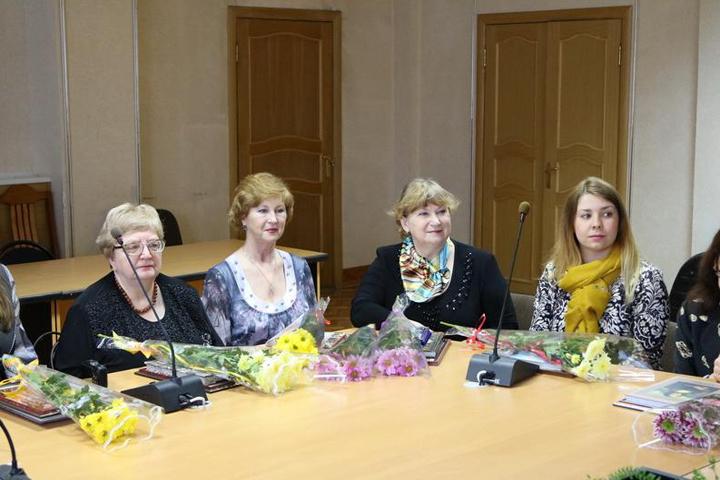 Наилучших работников культуры Брянска наградили премиями по30 тыс. руб.