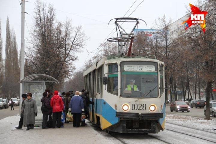 ВКазани старик попал под трамвай