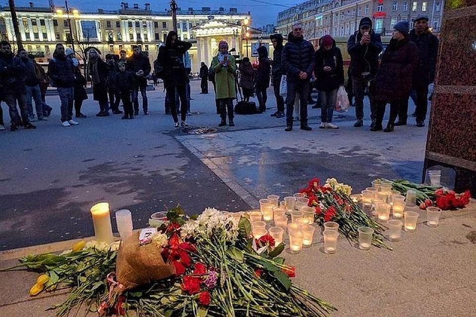 СиЦзиньпин выразил свои сожаления всвязи совзрывом впетербургском метро