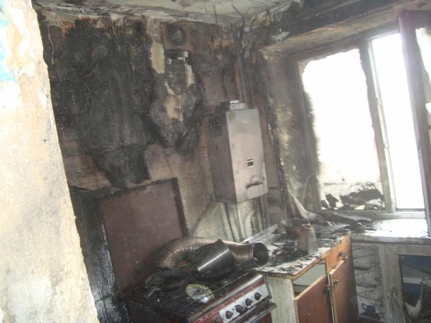 ВОбидимо вгорящей квартире пострадал человек