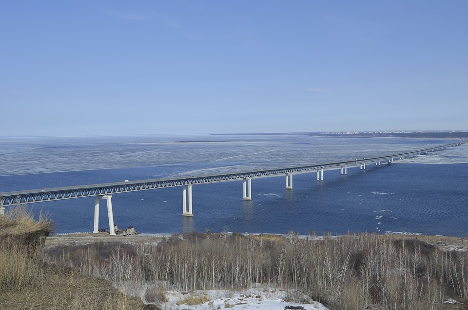 НаПрезидентском мосту вУльяновске ограничили скорость движения