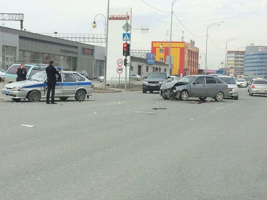 Ехал ссиреной накрасный: вТюмени в трагедию попал автомобиль ППС