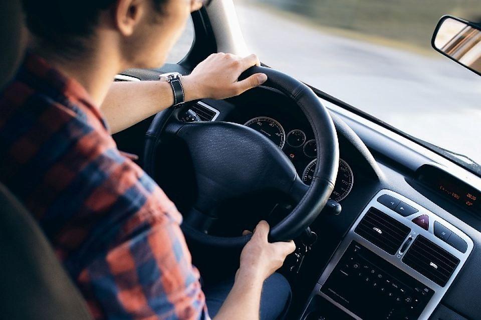 Позор алиментщикам: вПетербурге без прав задолги остались 2700 водителей