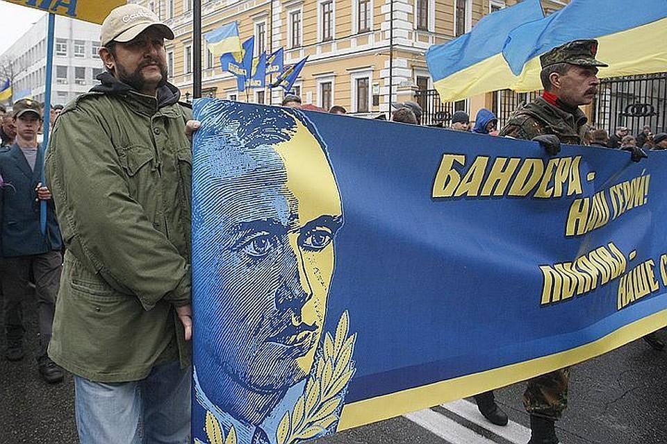 Памятники в Польше снесут, невзирая на протесты украинских радикалов. Фото ИТАР-ТАСС/ Мария Фролова