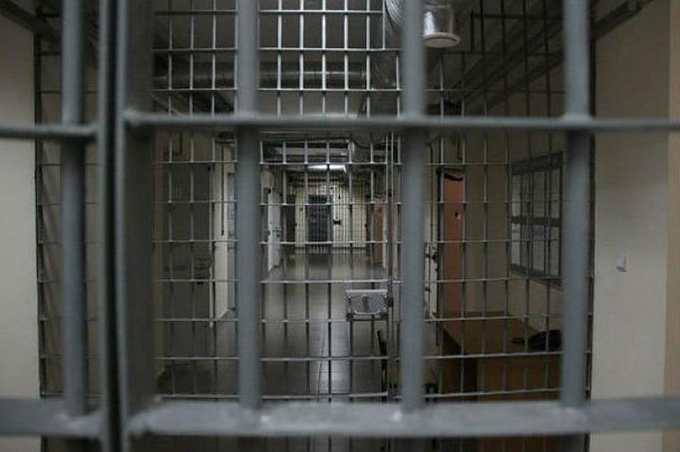 ВИркутске суд назначил три года колонии продавцу поддельного алкоголя