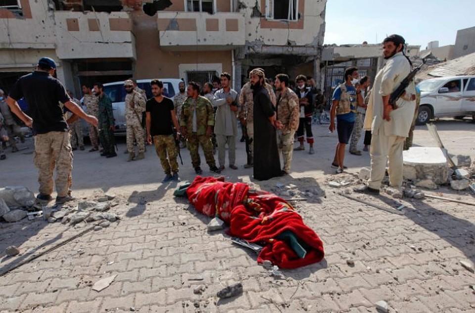 Египетские ВВС нанесли удары полагерям террористов вЛивии