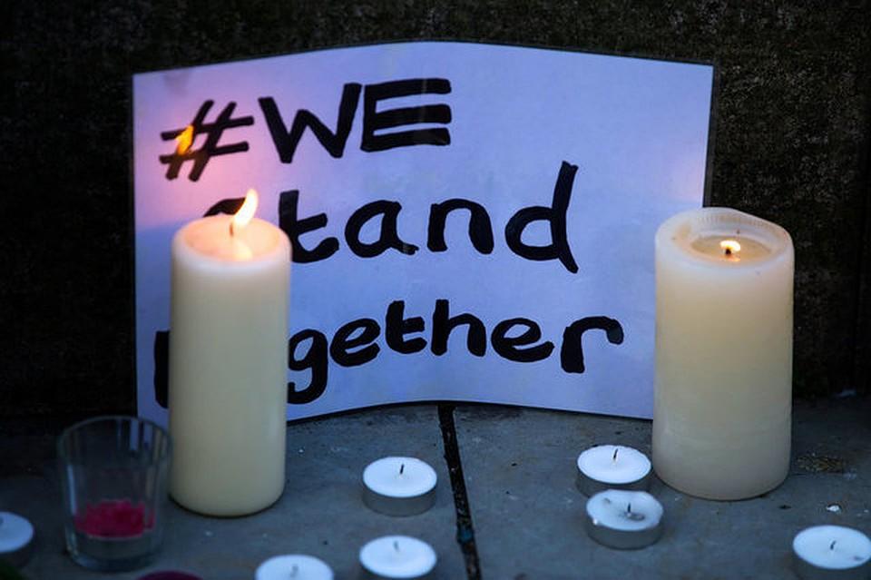 Ариана Гранде навестила пострадавших наееконцерте вМанчестере детей