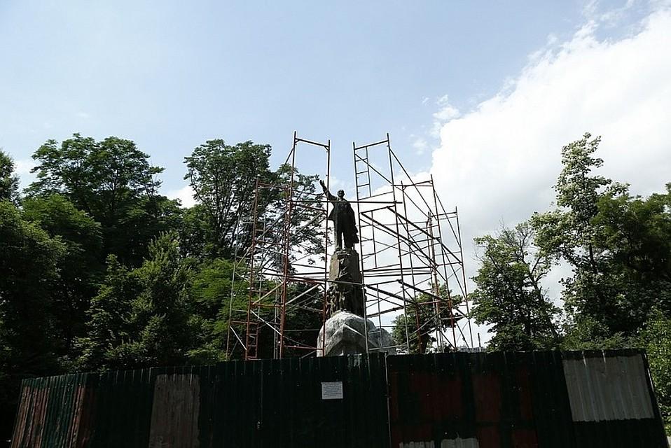 Кондратьев ознакомился спроектом реконструкции Вишняковского сквера Краснодара
