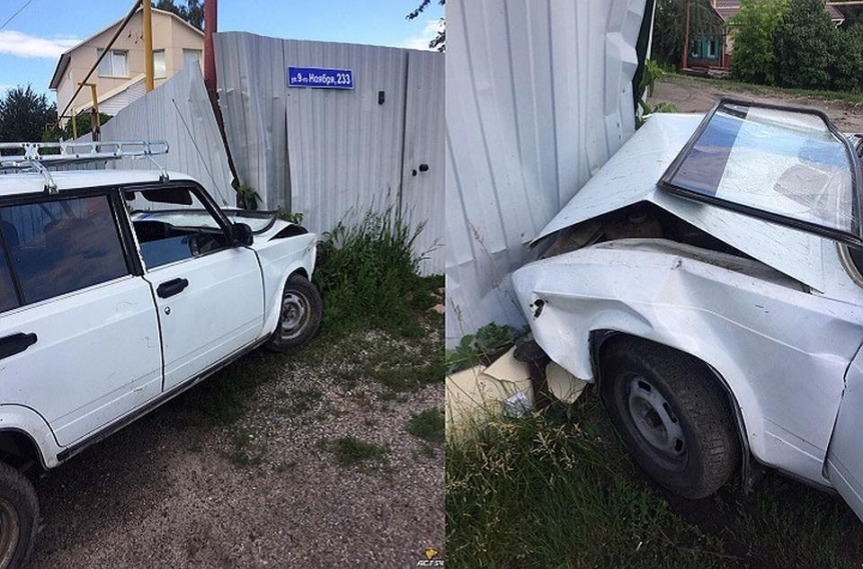 Несовершеннолетний новосибирец, скрываясь отДПС, врезался взабор