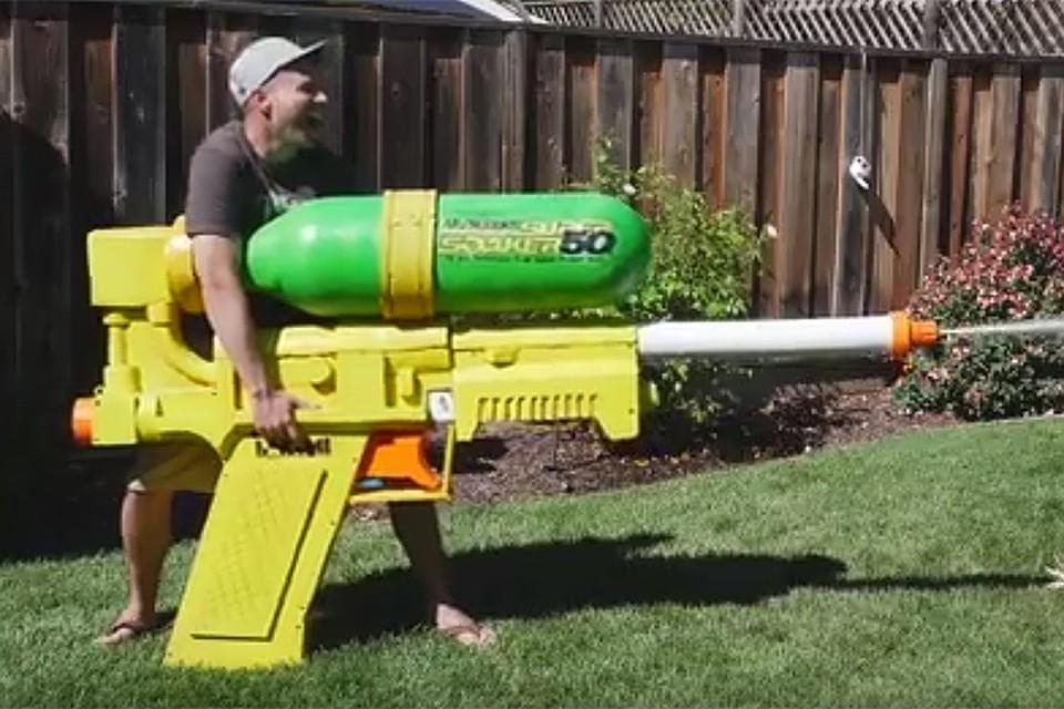 Выходец изNASA создал исполинский водяной пистолет