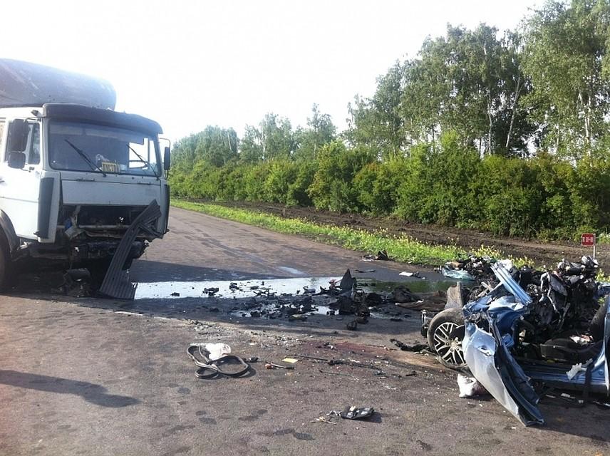 Жертвами ДТП с фургоном под Тамбовом стали 4 человека