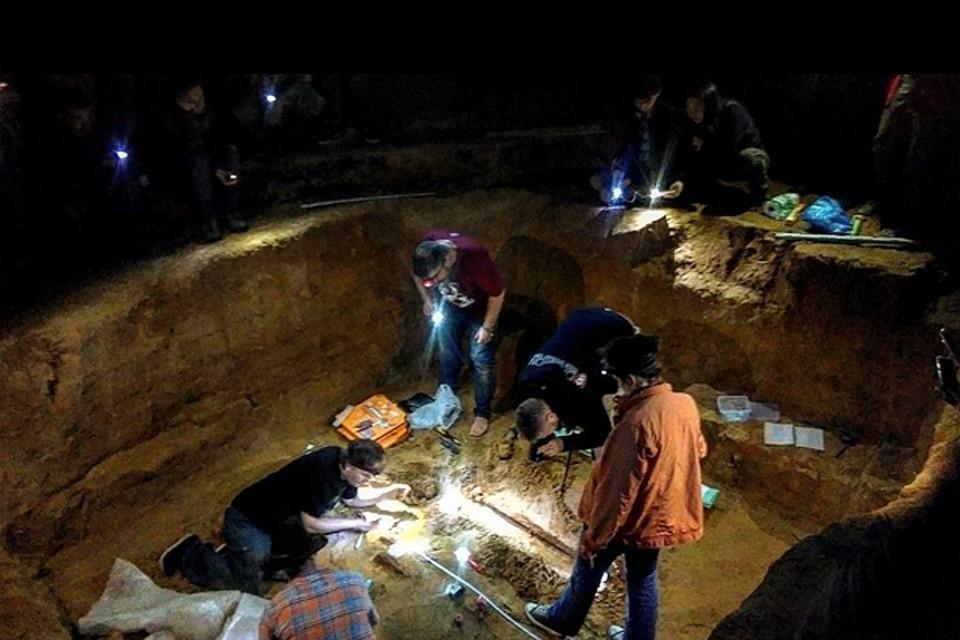 ВСмоленской области при раскопках найден меч дружинника Xвека