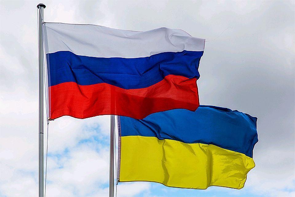 Суд Лондона остановил решение овыплате «долга Януковича»
