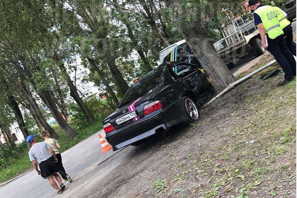 ВАчинске новобрачные попали вреанимацию из-за водителя свадебного автомобиля