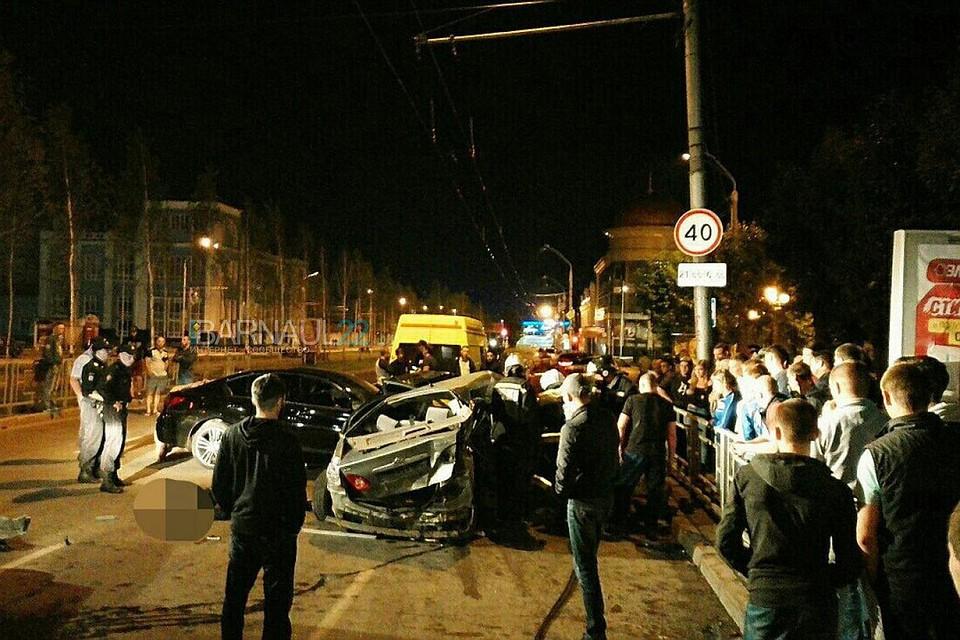 Два человека погибли вДТП вночь на30июля вБарнауле