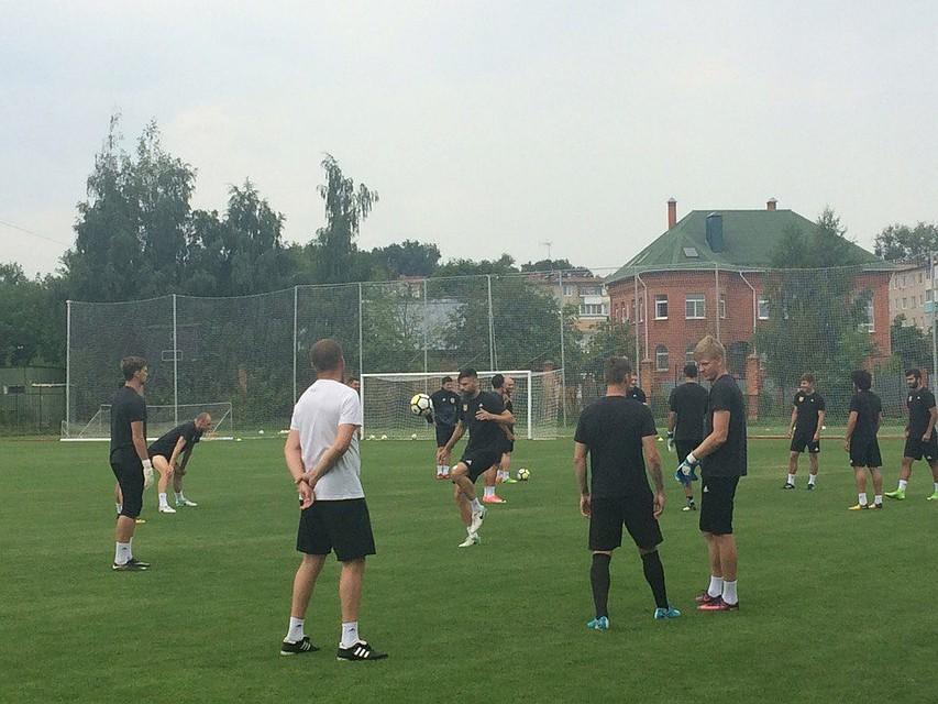 Футболисты «Тосно» начали готовиться квстрече с«ЦСКА»