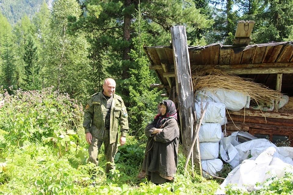 Студенты московского вуза помогли отшельнице Агафье Лыковой подготовиться кзиме