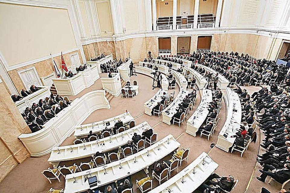 Петербург потратит наЗСД еще неменее 4 млрд руб. в будущем 2018 году
