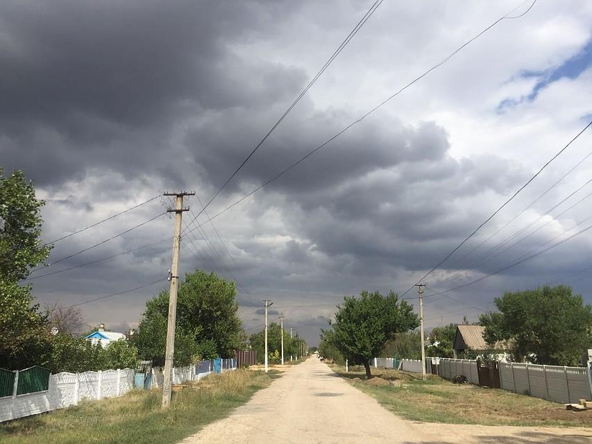 ВКрыму ожидаются ливни сгрозами исильный ветер