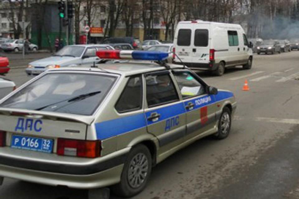 Под Брянском случилось двойное ДТП сучастием иномарок, пострадали три женщины