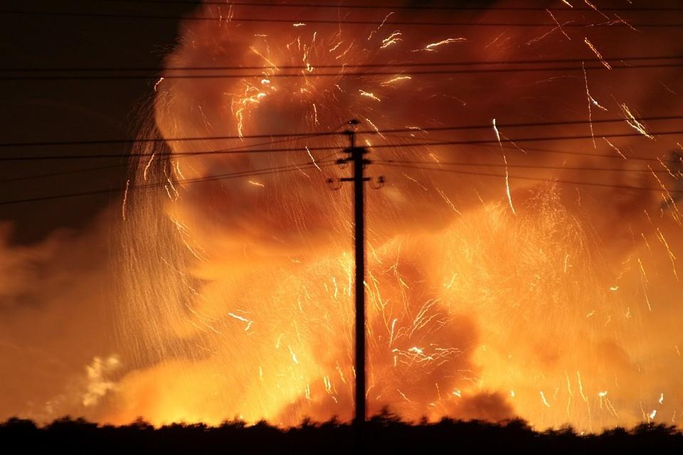 Нагоревшем складе боеприпасов вВиннице происходят одиночные взрывы