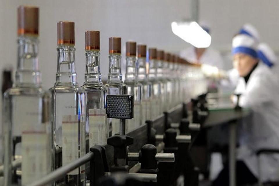Экспорт русской водки вырос завосемь месяцев на14% в валютном выражении