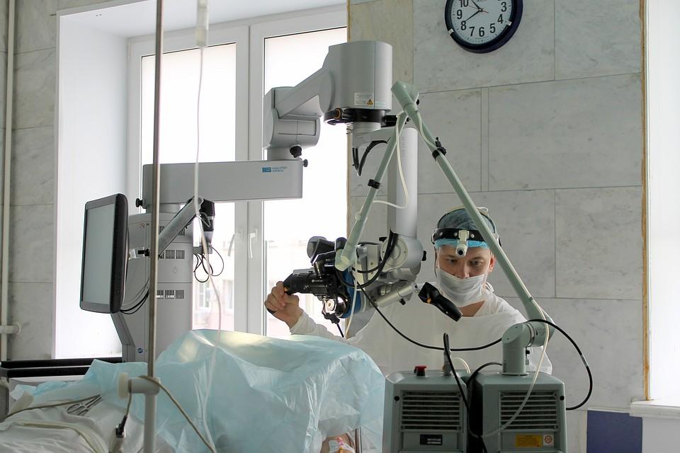 Челябинские хирурги прооперировали 18-летнюю будущую маму— Маше вернули дыхание