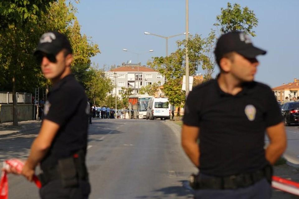 Мужчина расстрелял школьников вСтамбуле