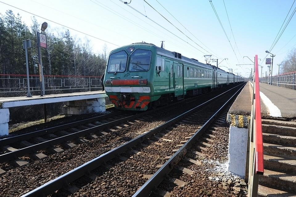 Засутки вКузбассе два человека погибли под колесами поезда