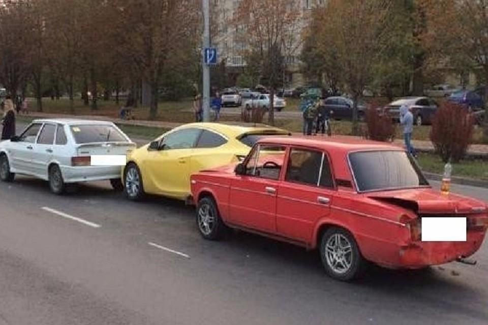 ВСтаврополе повине лихача на«шестерке» случилось тройное ДТП