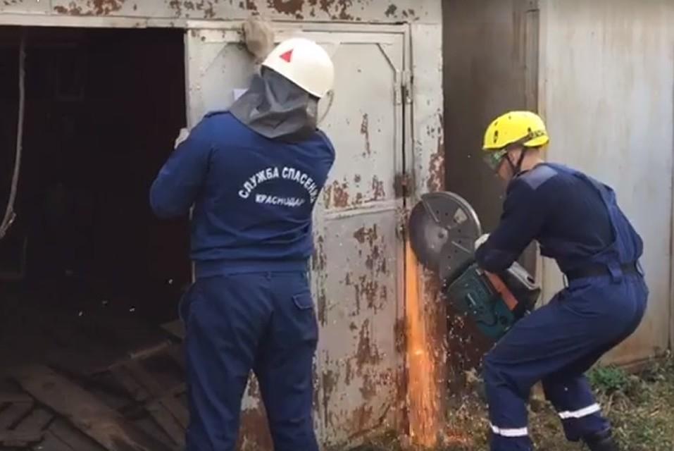 ВКраснодаре сносят нелегальные железные гаражи