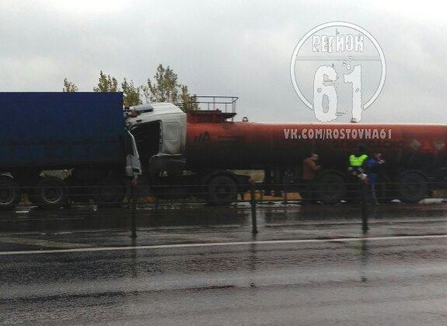 Под Ростовом дорогу неподелили бензовоз ифура