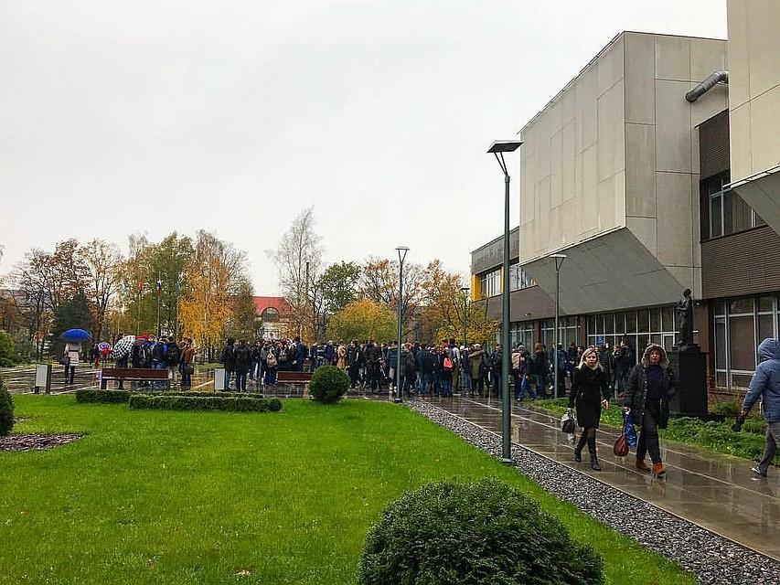 МВД: Проверка не отыскала рискованных предметов в«заминированных» зданиях вКалининграде