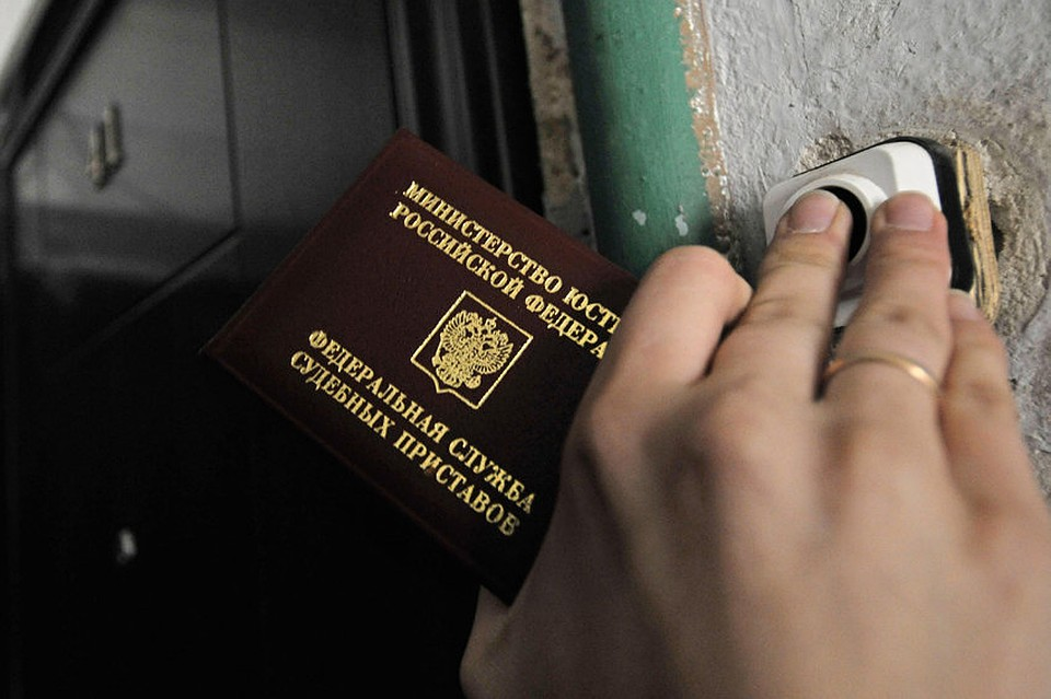 Ижевчанина сдолгом в27 млн руб.  отыскали  вовремя получения загранпаспорта