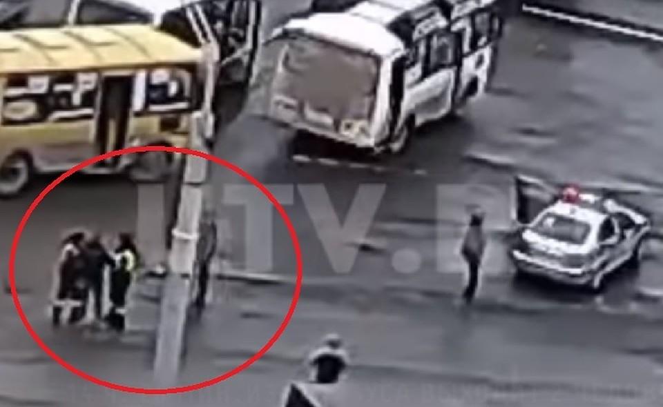 ВГИБДД раскрыли детали потасовки между пассажиром автобуса иинспектором вУфе