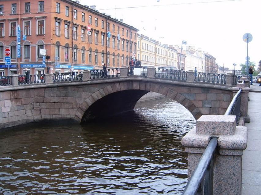 ВПетербурге из-за ремонта Каменного моста ограничат движение