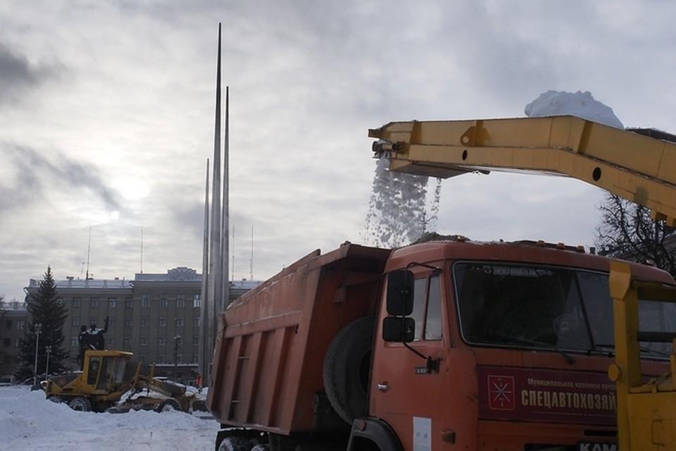 Вуборке снега вТуле задействованы 66 единиц техники и172 человека