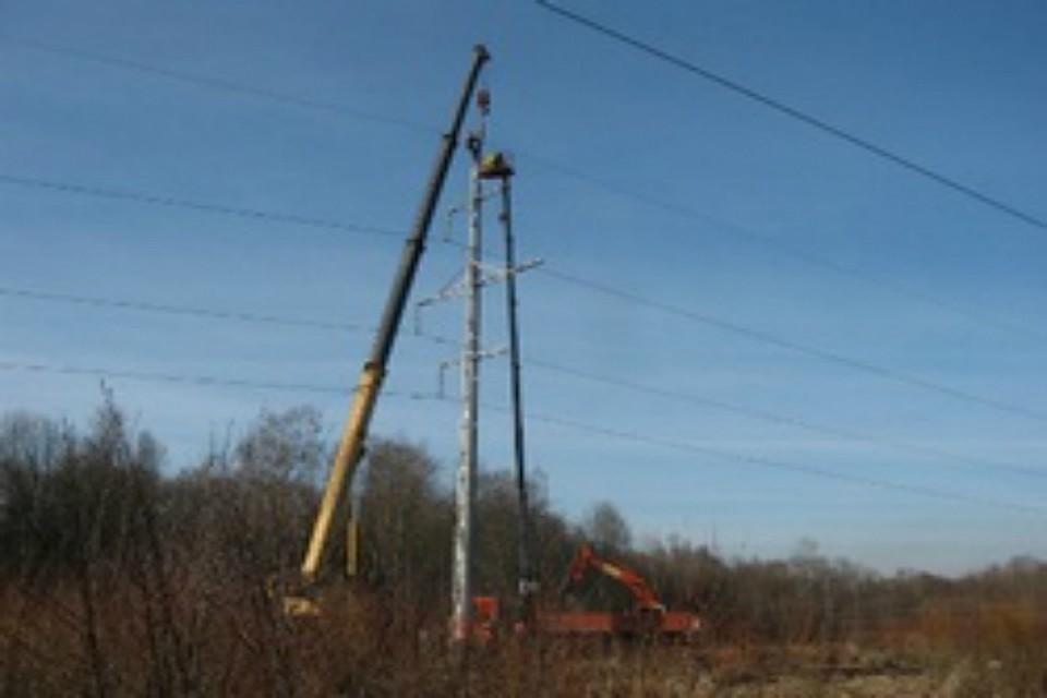 Лесовоз стал предпосылкой массового отключения электричества вХабаровском крае
