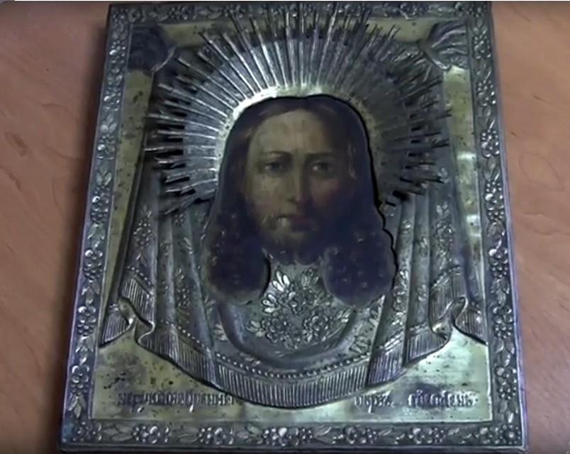 ВОмске квартирант похитил изквартиры икону XIX века