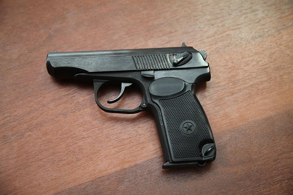 ВДагестане задержаны торговцы оружием, переделывавшие сигнальные пистолеты вбоевые