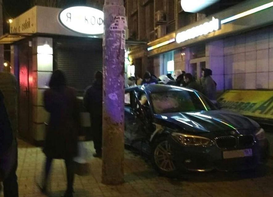Трагедию  вцентре Ростова спровоцировала нарушившая правила автоледи на«БМВ»