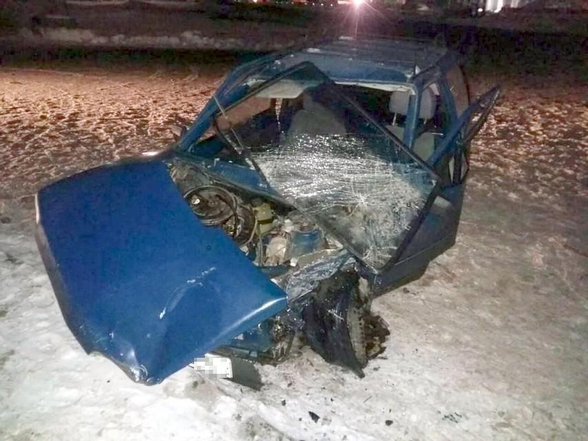 ВСамаре шофёр на«Оке» столкнулся с Хёндай Solaris иостался живой