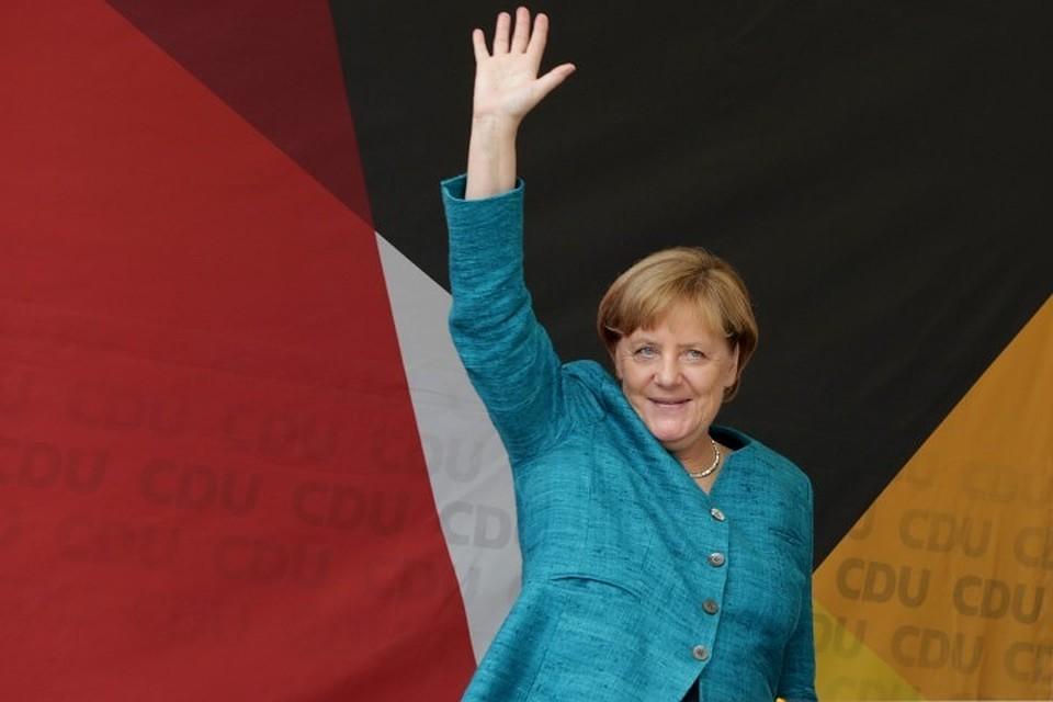 47% германцев хотелибы отставки Меркель до 2021г.