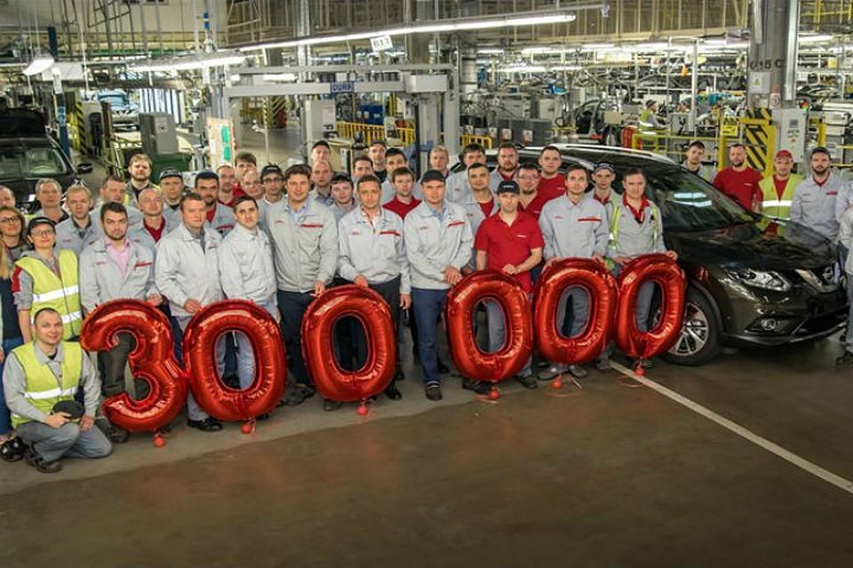 Завод Ниссан вПетербурге выпустил 300-тысячный автомобиль