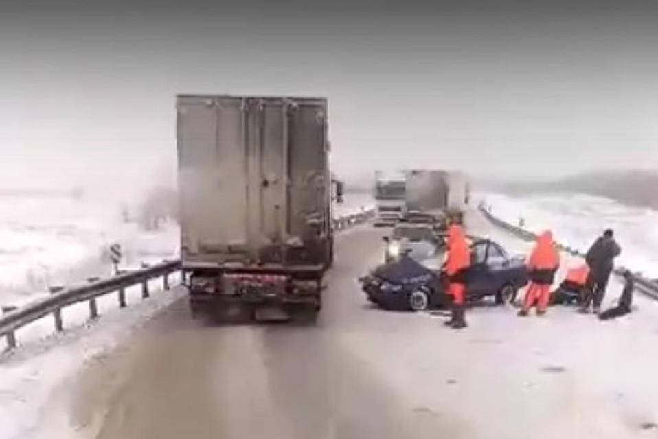 Двое погибли вДТП натрассе под Камышином